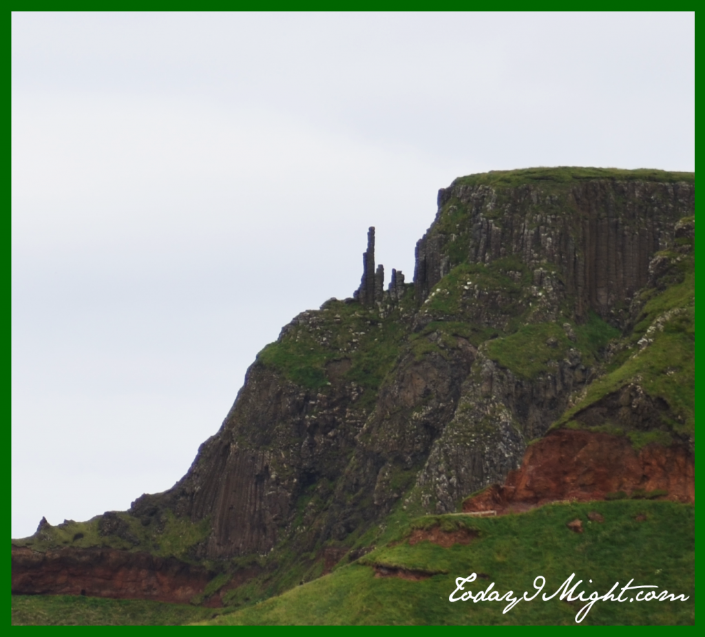 todayimight.com | Ireland | Giant's Causeway Chimney