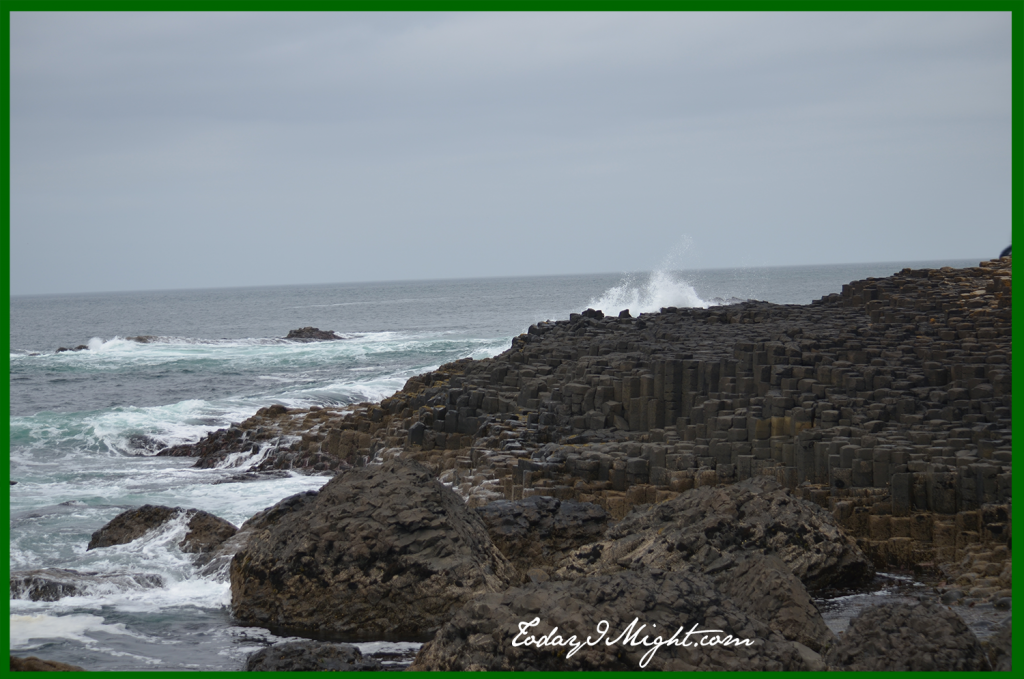 todayimight.com | Ireland | Giant's Causeway | Shoreline