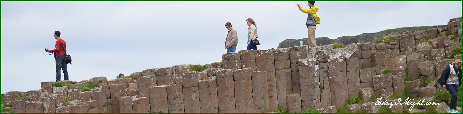 todayimight.com | Ireland | Giant's Causeway | Tourists
